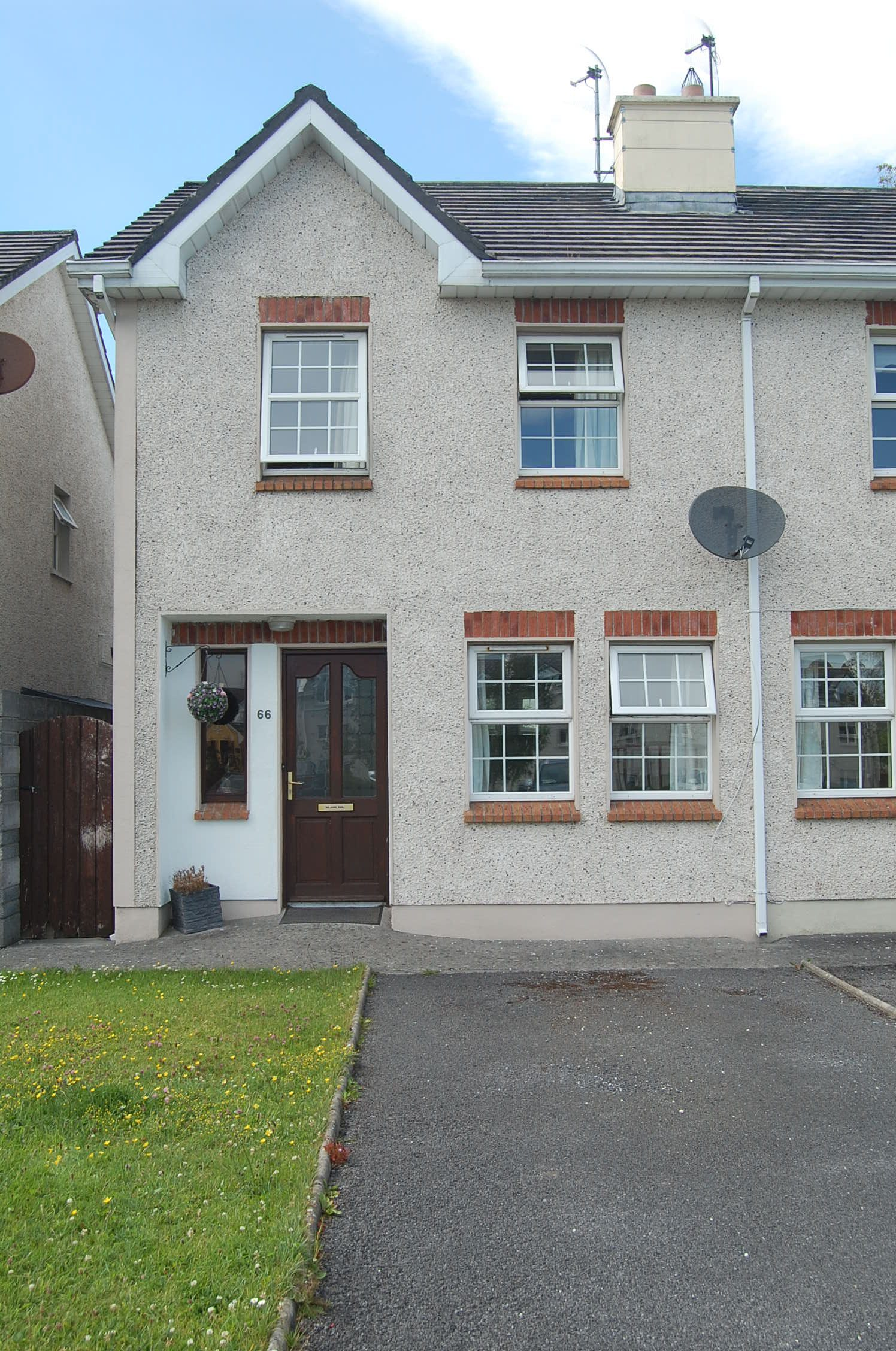 66 Frenchpark, Oranmore, Co. Galway Eircode: H91 R2V5