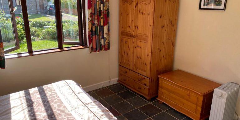 Ground floor bedroom (5)