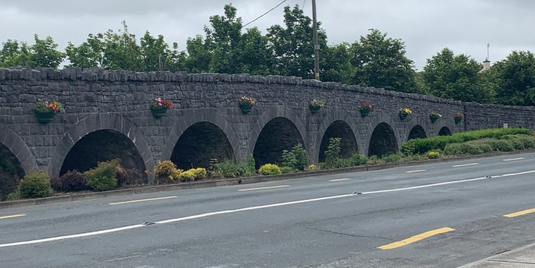 9 Arches